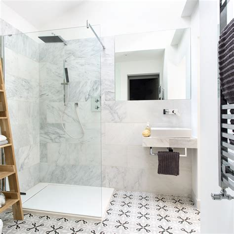 Ideas For Decorating A Small Bathroom by Small Bathroom Ideas Small Bathroom Decorating Ideas On