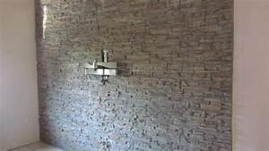Wandgestaltung Mit Steinoptik : mediterrane wandgestaltung im wohnzimmer mit der kunststeinpaneele ~ Markanthonyermac.com Haus und Dekorationen