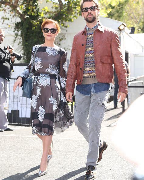 james heerdegen christina ricci married casper star ties  knot hollywood life
