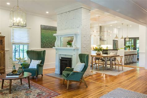 Home Design Ideas And Photos by See How The Property Brothers Modernize A Tired Nashville Home