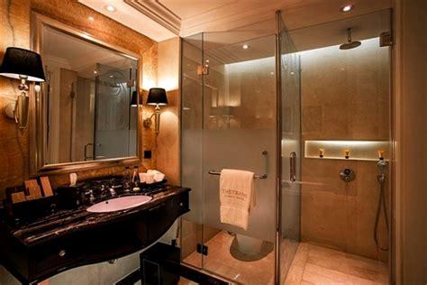 desain kamar mandi nuansa hotel bintang lima rumah minimalis