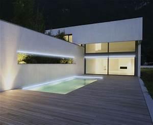 Eclairage Terrasse Piscine : illuminez votre piscine la nuit avec le nouveau ruban lumineux strip led waterproof equipement ~ Melissatoandfro.com Idées de Décoration