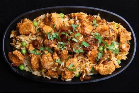 cours de cuisine à bordeaux recette de biryani au poulet et aux petits pois rapide