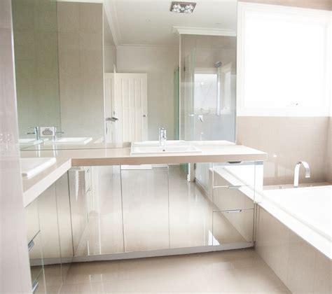 Glass Bathroom Mirrors by Bathroom Mirrors Belfast Glass Mirrors