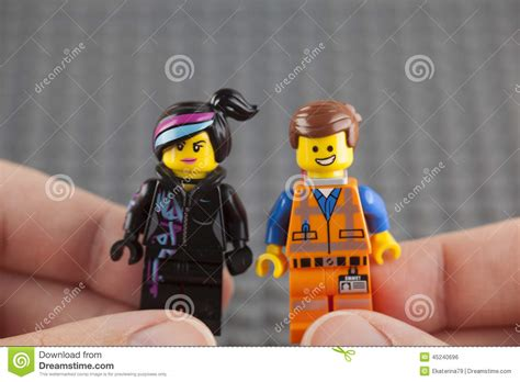 Lego Hard Hat Emmet And Wyldstyle Minifigures In Human