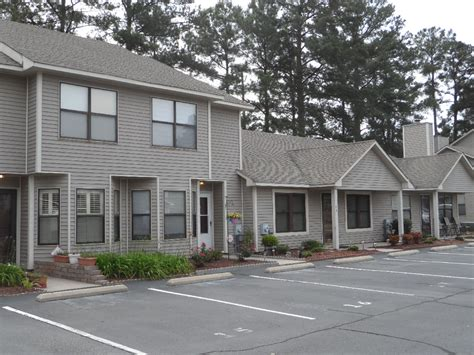 one houses townhomes for rent and