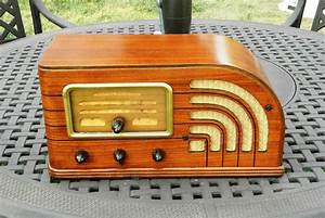 1000  Images About Antique Radios On Pinterest