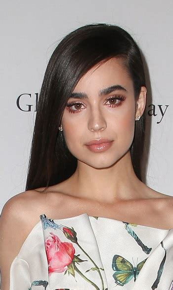 sofia carson hairstyles  fashion trends