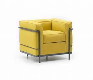 lc2 de cassina fauteuil canape 0ttoman villa With tapis moderne avec canapé le corbusier cassina prix