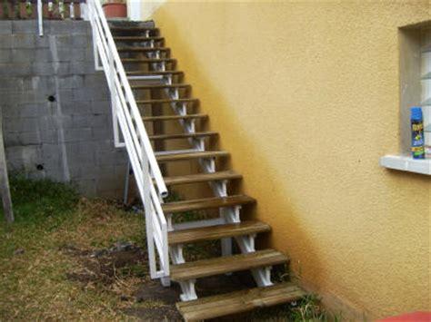comment fabriquer un escalier en fer ferronnerie d 224 la r 233 union au juste prix