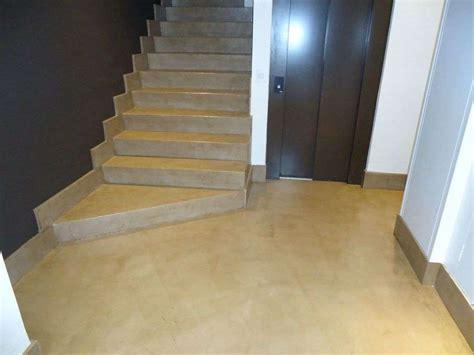 pose de b 233 ton cir 233 pour escalier