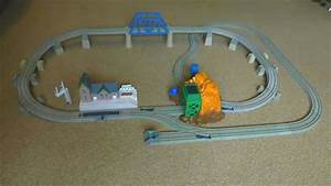 Animated Construction Of Echo Cave Train Set  Thomas