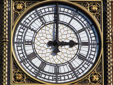London September 2 2013 081 Big Ben 3pm | DAVID HOLT | Flickr