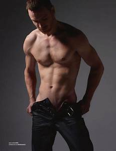 Michael Fassbender shirtless... | Filmstars | Pinterest ...