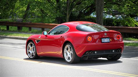 alfa romeo 8c is to return with 700 hp here s what it has to live up to