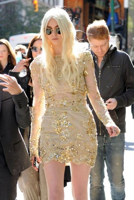 Blake Livelys Ugly  Ee  Wedding Ee    Ee  Dress Ee   On Gossip