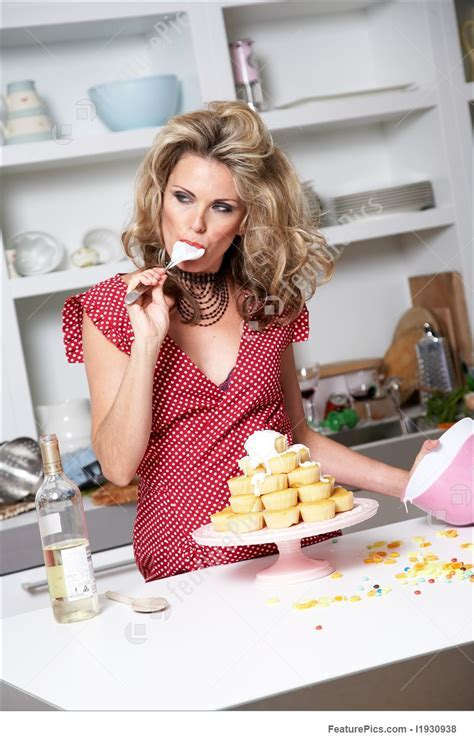 Woman Baking Picture