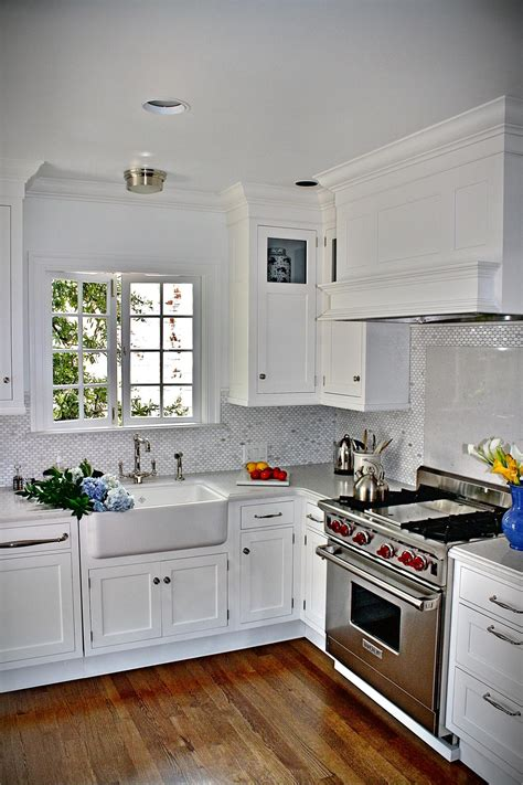 White Cottage Kitchen Photos Hgtv