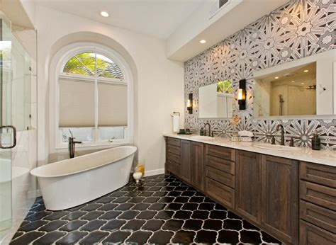 Decorating Ideas For Master Bathrooms by 25 Modern Luxury Master Bathroom Design Ideas