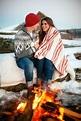 10+ Romantic Winter Engagement Photo Ideas - Hative