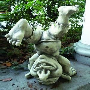 dekorative garten steinguss figur bernhard o gartentraumde With französischer balkon mit troll figur garten