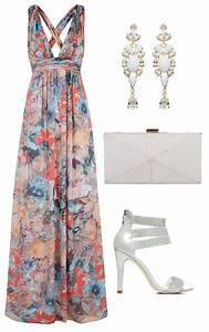 wedding guest outfits for every type of wedding little With dress for a beach wedding guest