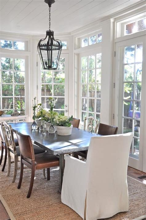 patina style sunroom table and chairs