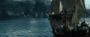 Pirates of the Caribbean: Dead Men Tell No Tales review ...