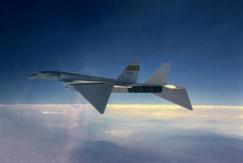 xb-70-wings-down | Acrojet