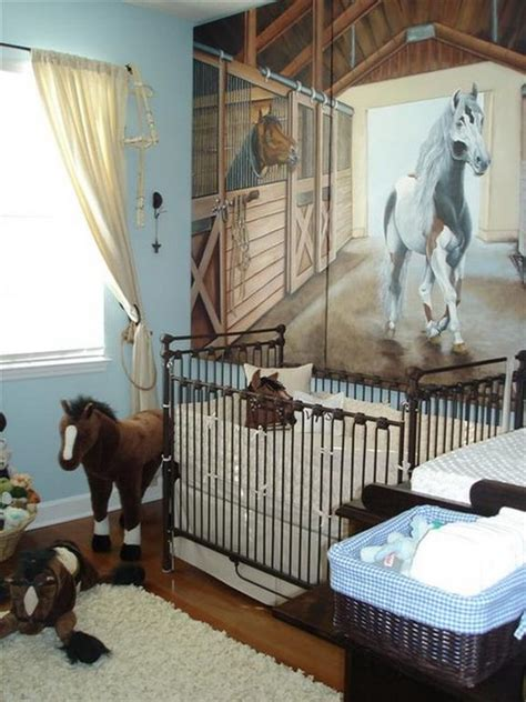 habitaciones de bebés caballos habitaciones temáticas