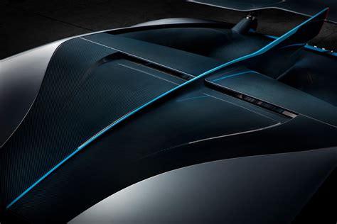 Gray and blue bugatti chiron, bugatti divo, car, road, supercars. Bugatti Divo : pour les blasés de la Chiron ! - Photo #20 - L'argus
