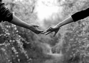 sad-holding-hand-boy-girl-image - Shayarix