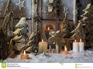 Decoration De Noel Exterieur Pour Professionnel : cuisine wooden christmas trees royalty free stock photos ~ Dode.kayakingforconservation.com Idées de Décoration