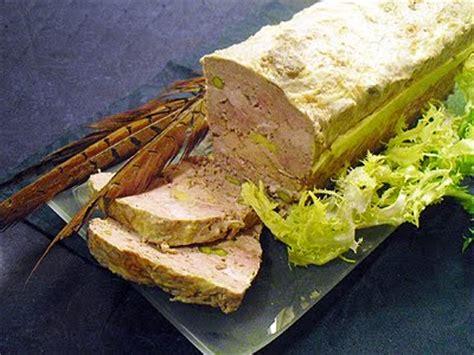 cuisiner le faisan facile terrine de faisan au foie gras la recette facile par