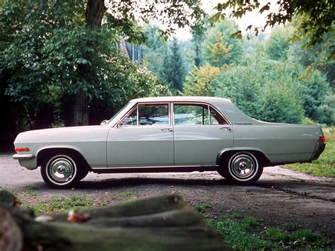 Opel Admiral by Opel Admiral Photos Photogallery With 9 Pics Carsbase