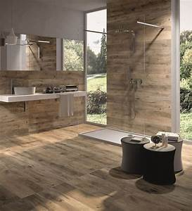 carrelage design en ceramique effet bois salle de bain With carrelage salle de bain bois