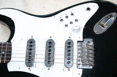 pickups  brian  sound page  fender stratocaster