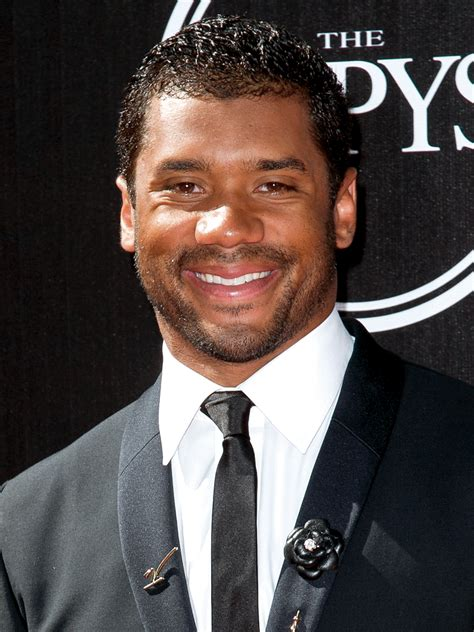 russell wilson biography celebrity facts  awards tv
