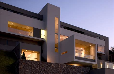 modern contemporary house house in las casuarinas by javier artadi 14 homedsgn