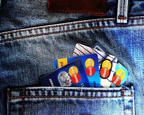 How to prevent credit card scams. What You Need To Know To Prevent Credit Card Fraud   Mobile Updates