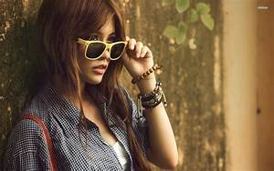 Asian Girl With Ray Bans Wallpaper