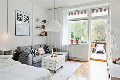 amenager chambre dans salon meubler un studio 20m2 voyez les meilleures idées en 50