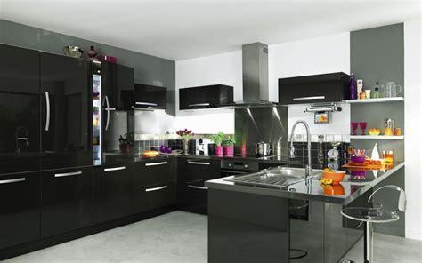 my cuisine cuisine aménagée noir et blanc