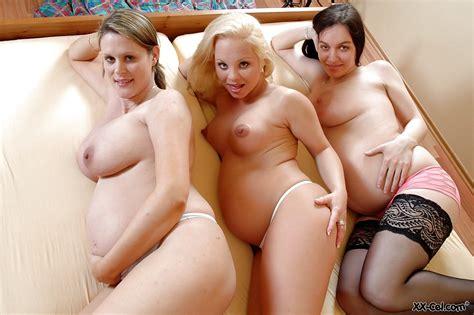 Beautiful Pregnant Lesbian Threesome Pics Xhamster