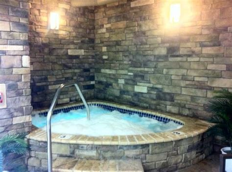 HD wallpapers hotel with a hot tub in the room