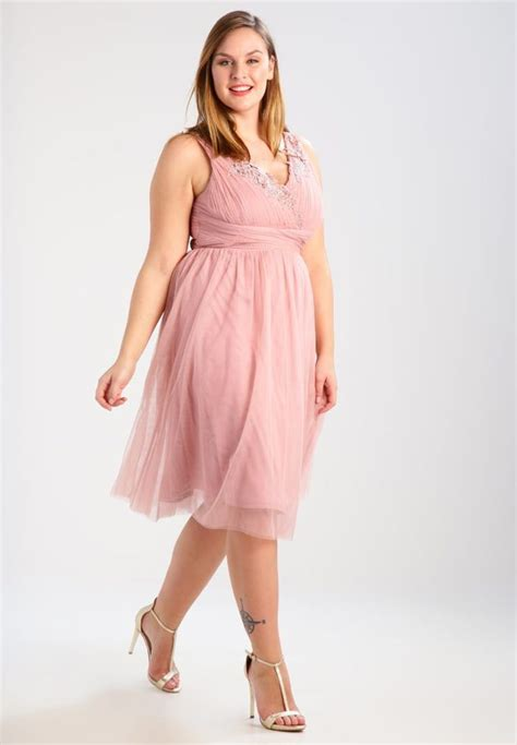 robe habillée pour mariage grande taille 10 robes grande taille parfaites pour un mariage