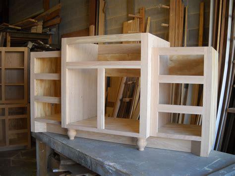 woodworking building  bathroom vanity  scratch plans