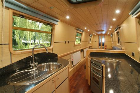 CUT ABOVE NARROWBOATS   outstanding, unique bespoke fit