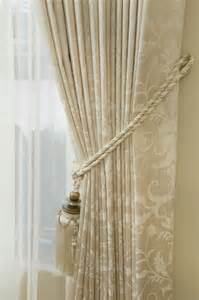 Drapery Hook Curtains by 78 Curtain Tie Backs To Take Inspiration From Patterns Hub
