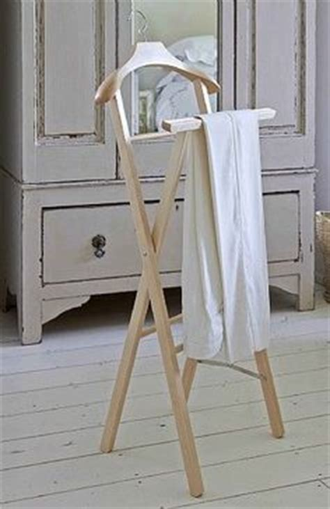 vintage gentlemans wooden valet stand suit clothing hanger butler organizer home storage